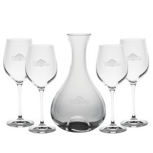 FIESTA CARAFE (ETCHED) & 4 WINE GLASSES